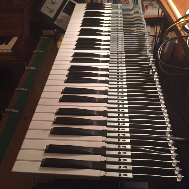I also replaced the sticky pads for the Pianet section.