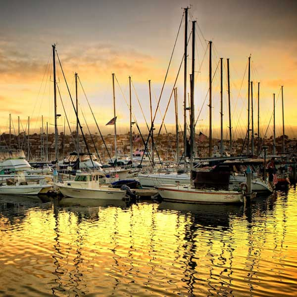Pretty Shelter Island and nearby Harbor Island have beautiful bay and marina views.