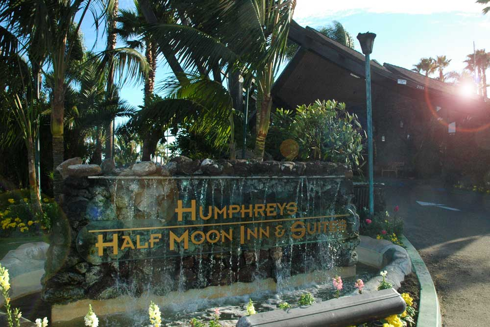 Humphrey's Half Moon Inn