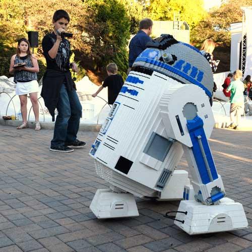 R2D2 at Legoland