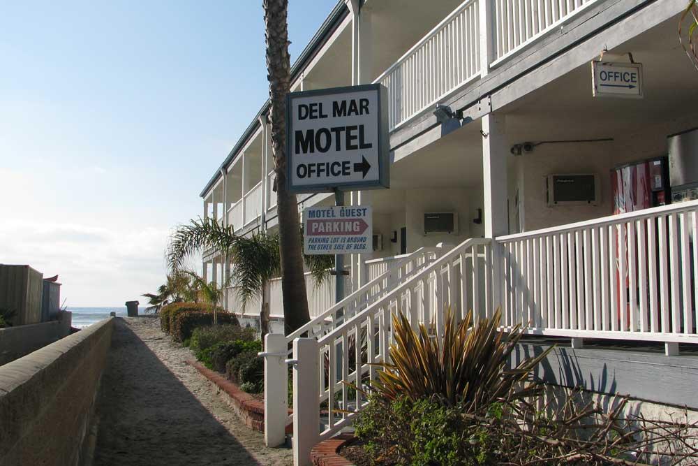 Del Mar Motel