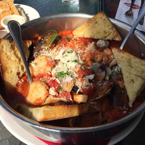 Best family dining in san diego local wally 39 s guide to for Best fish restaurants in san diego