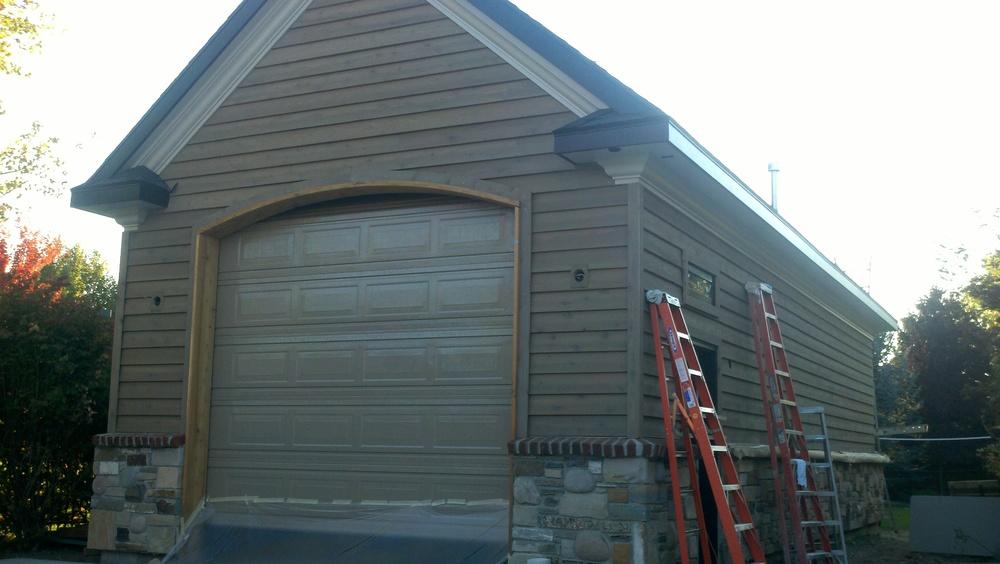 4- garage.jpg