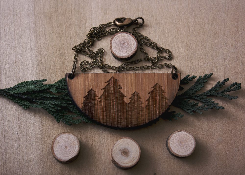 pine necklace gab.jpg