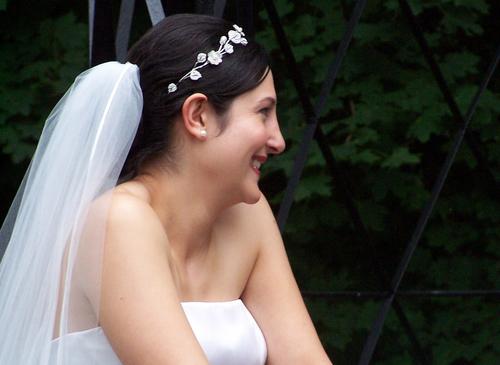 garage sale mystery the wedding dress who killed the groom