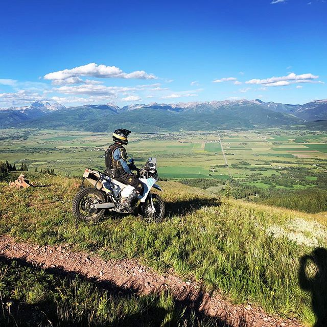 Happy 4th!  #america #4thofjuly #victor #idaho #tetons #mountains #dirtbike #husqvarna #701 #enduro #motorcycle #adventure #offroad #singletrack #trailriding #wideopenadv #offgridmoto #kriega #Klim #unknownmoto #bulletproofdesigns #forcefieldarmour