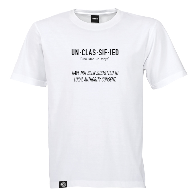 Unclassified_Tshirt_OK_02.jpg