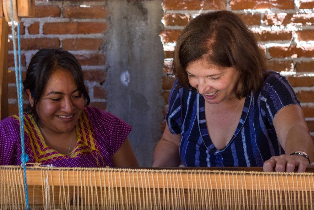 Lillian Banas weaving workshop Oaxaca