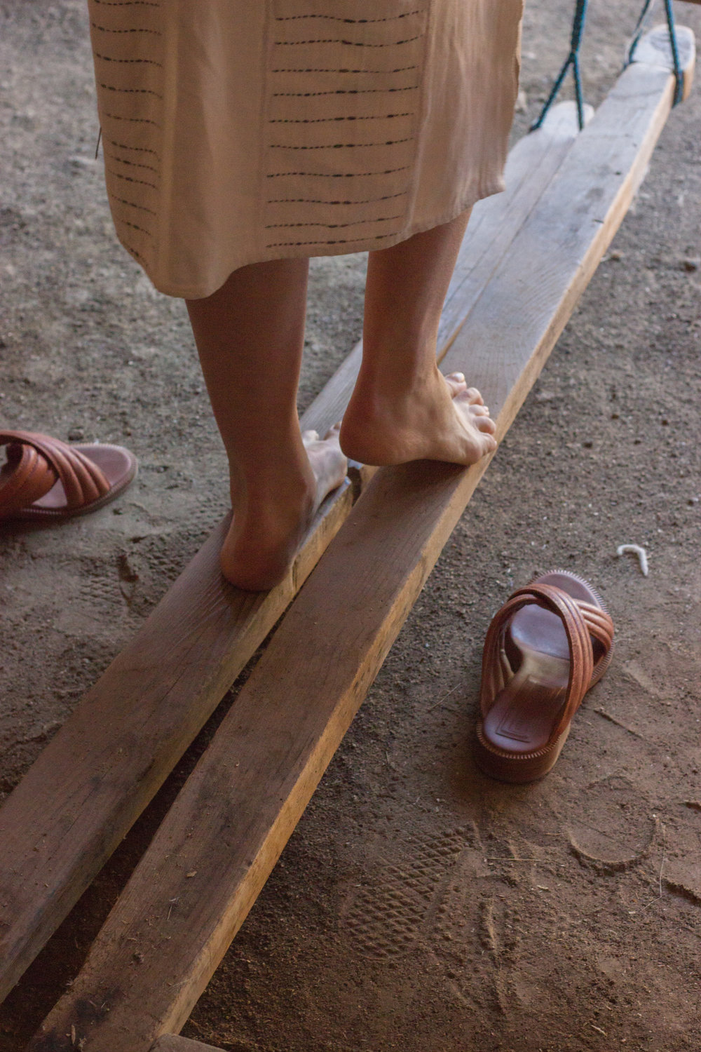 emily katz footloom weaving in oaxaca by leah pellegrini for thread caravan.jpg