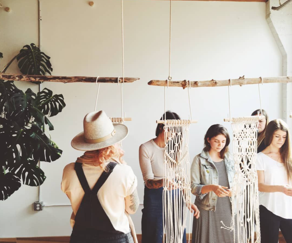 modern macrame workshop with Emily Katz