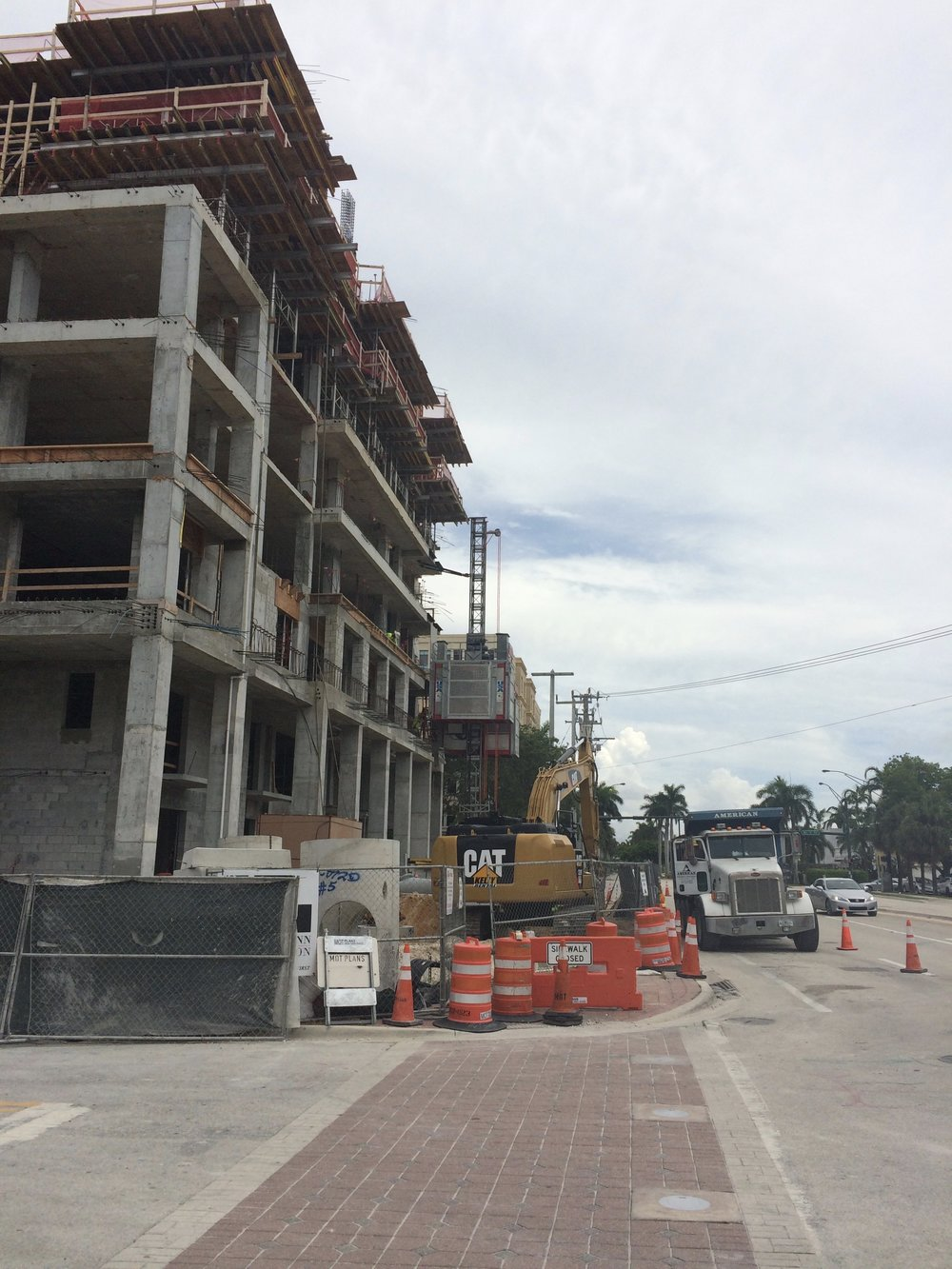 TOWER 155 RISES ALONG (AND ON) SE MIZNER BOULEVARD IN DOWNTOWN BOCA
