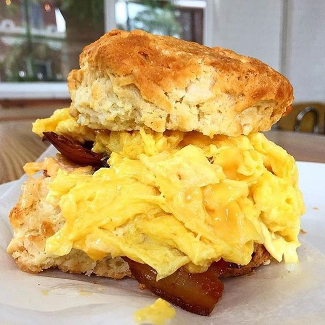 Now that's a breakfast sandwich! 👀 📸: @bill_addison