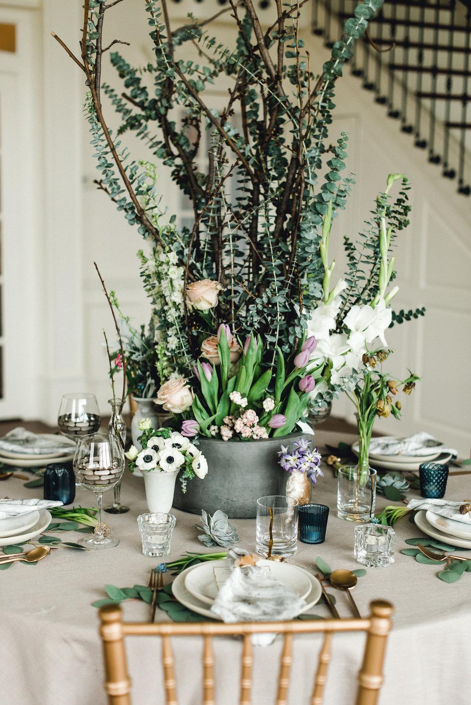 Pittsburgh-Garden-Wedding-Centerpiece-K-Flowers-Designs.jpg