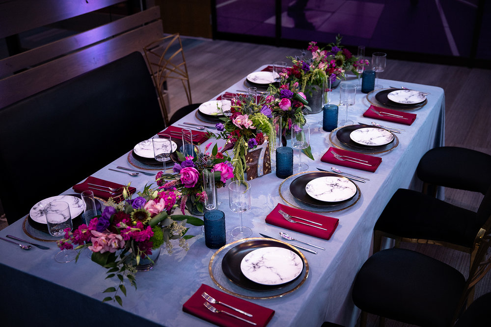 Moody-Wedding-Table-Setting-K-Flowers-Designs .jpg