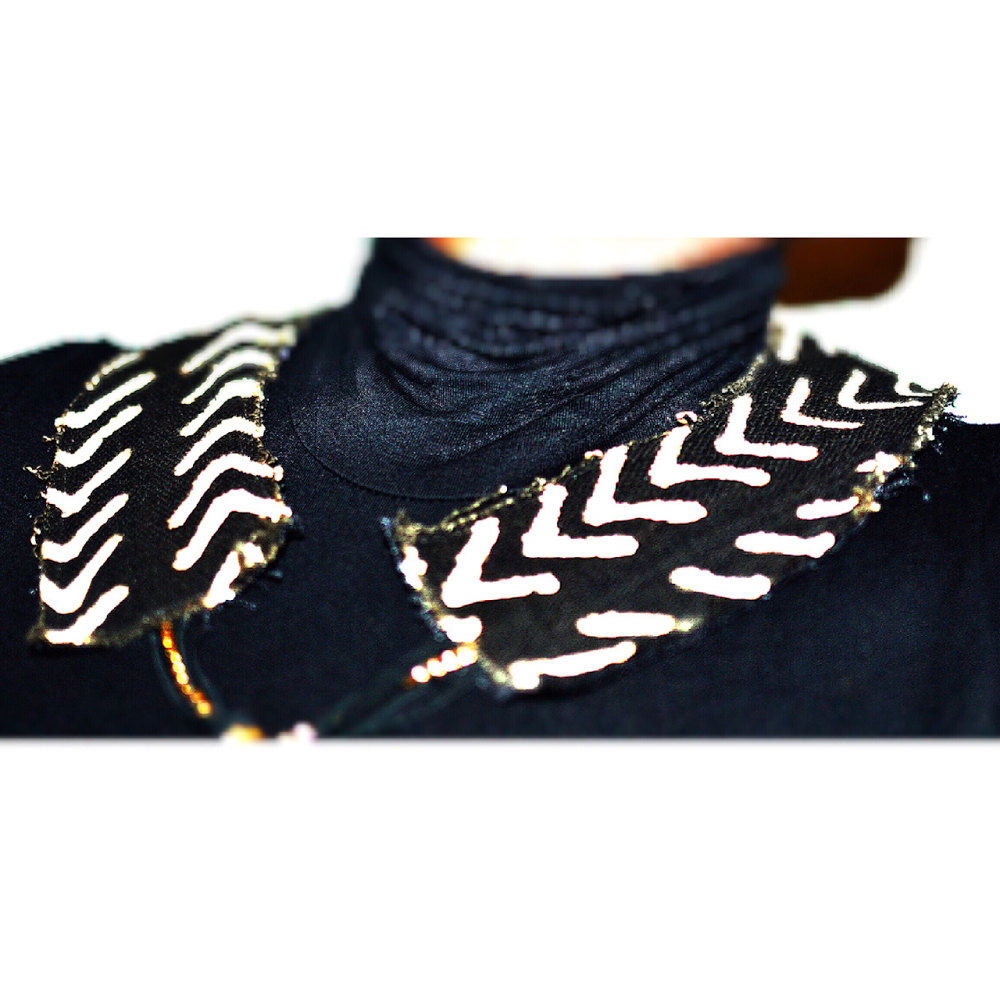 collar necklace.jpg