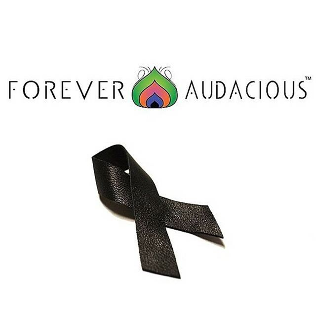 The ONLY INDEPENDENCE DAY WE Recognize!! . Get your FREE Commemorative #JUNETEENTH Ribbon (pin)  Handcrafted by @foreveraudacious  100% Genuine Leather (Link in Bio)  www.foreveraudacious.com . . JUNETEENTH || 152 YEARS!! CAN'T say that much has Changed since the emancipation of #Slavery in 1865 ... given the frequency of attacks on our people ...but STILL WE RISE! Have a Blessed #JUNETEENTH  #juneteenthribbon #152