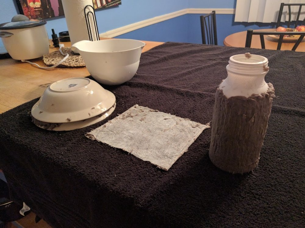 After this all dried, the paper sheet came out really well! But I couldn't get the paper off the ceramic bowls and plastic cup.... My idea sounded better ON PAPER XD Ah-ha ha.