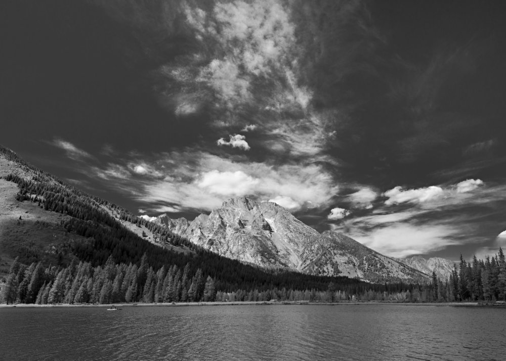View from String Lake in Grand Teton National Park.  Nikon D800, Nikkor 24-120mm lens @ 24mm, ISO 200, f8, 1/640 sec.