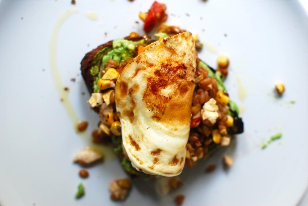 Brunch style Spelt Salad Egg + AvoToast