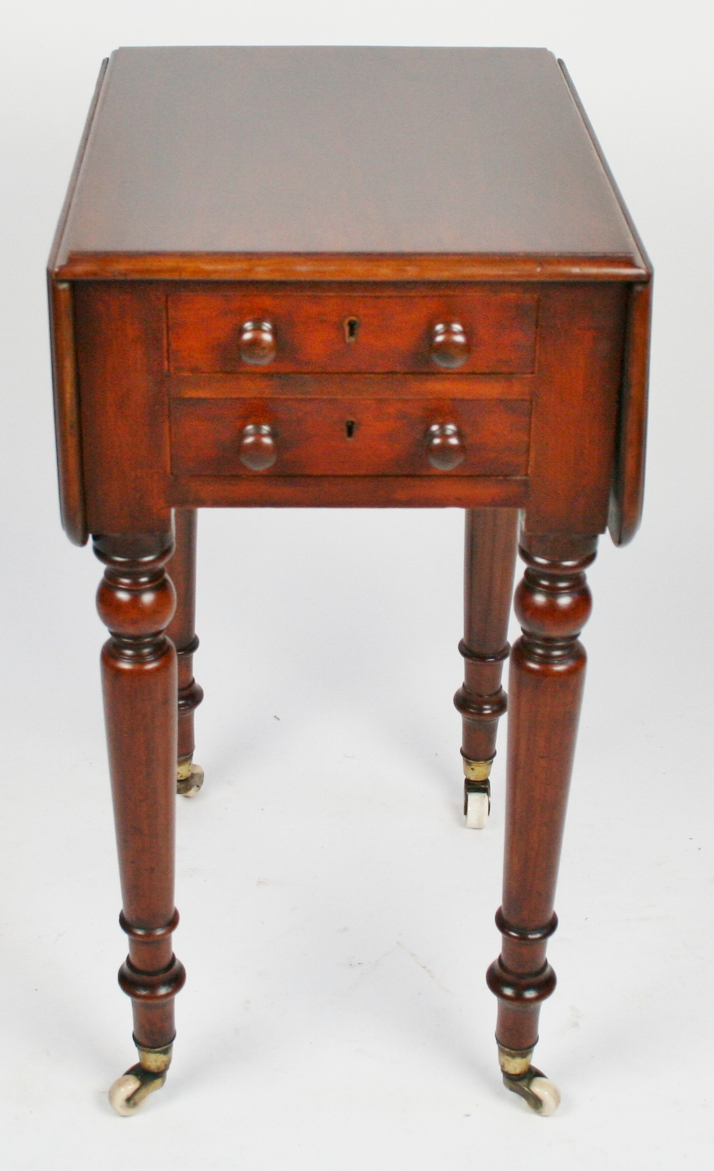 Superbe Victorian Mahogany 2 Drawer Dropleaf Small Pembroke Table On Turned Legs  With Brass Cap Castors