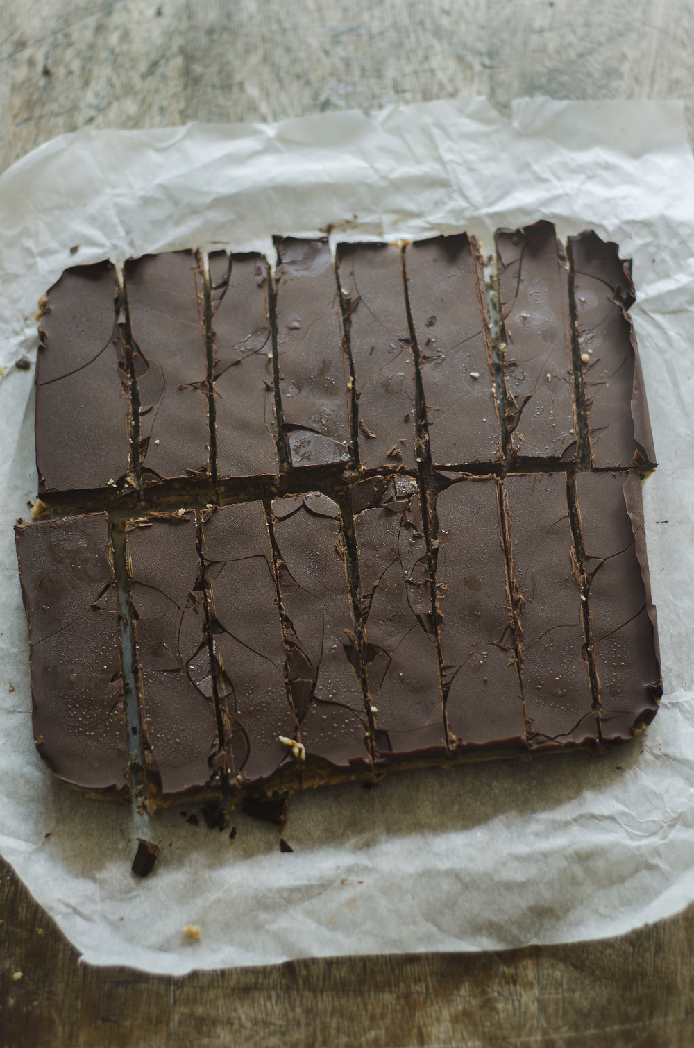 No bake vegan snickers