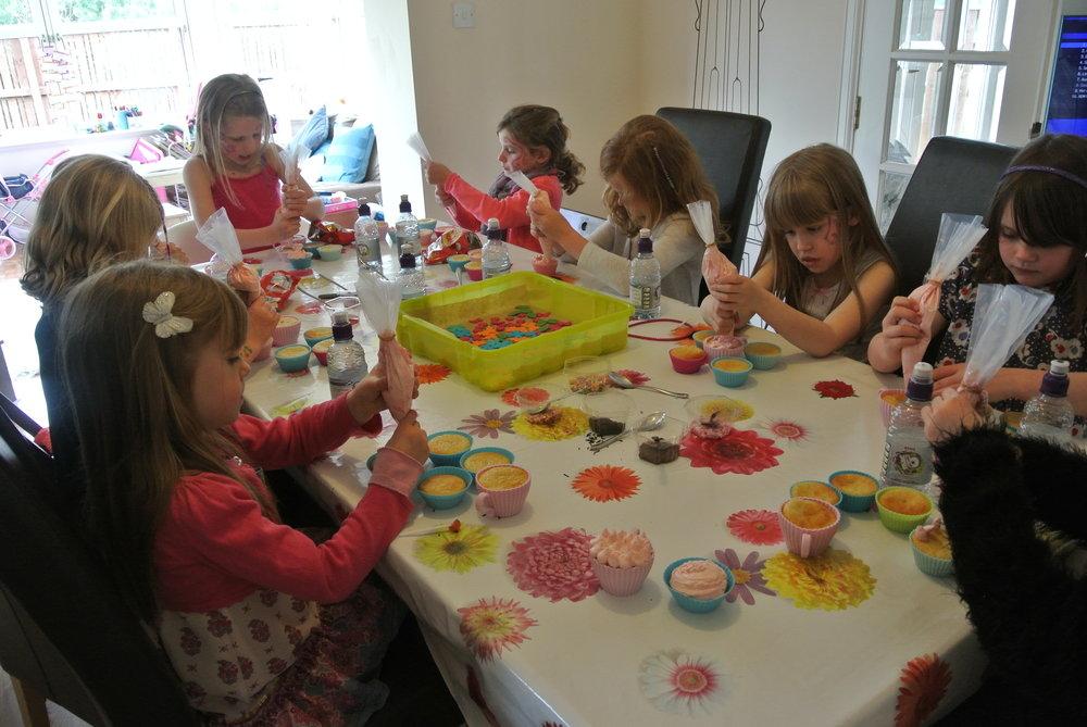 CHILDREN'S CUPCAKE CLASSES