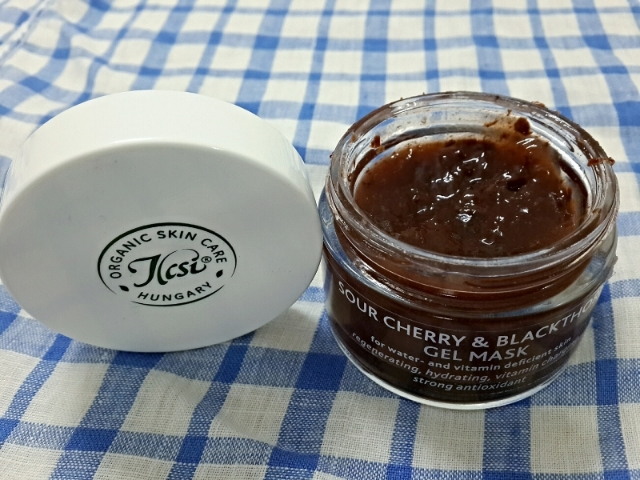 Ilcsi Sour Cherry & Blackthorn Gel Mask