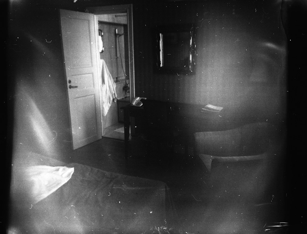 Hotel Room © Alastair Wiper