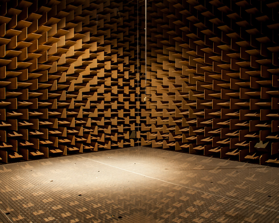 audio-anechoic-chmaber-dtu-©-alastair-philip-wiper-1