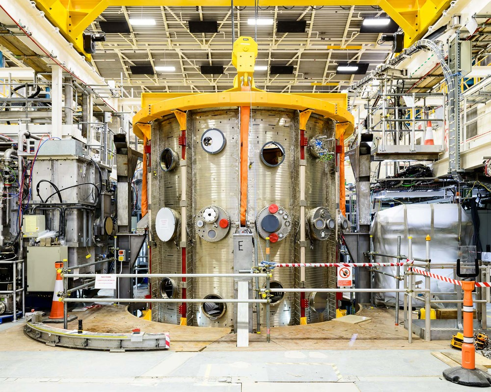 MAST nuclear fusion experiment at Culham Center for Fusion Energy, England