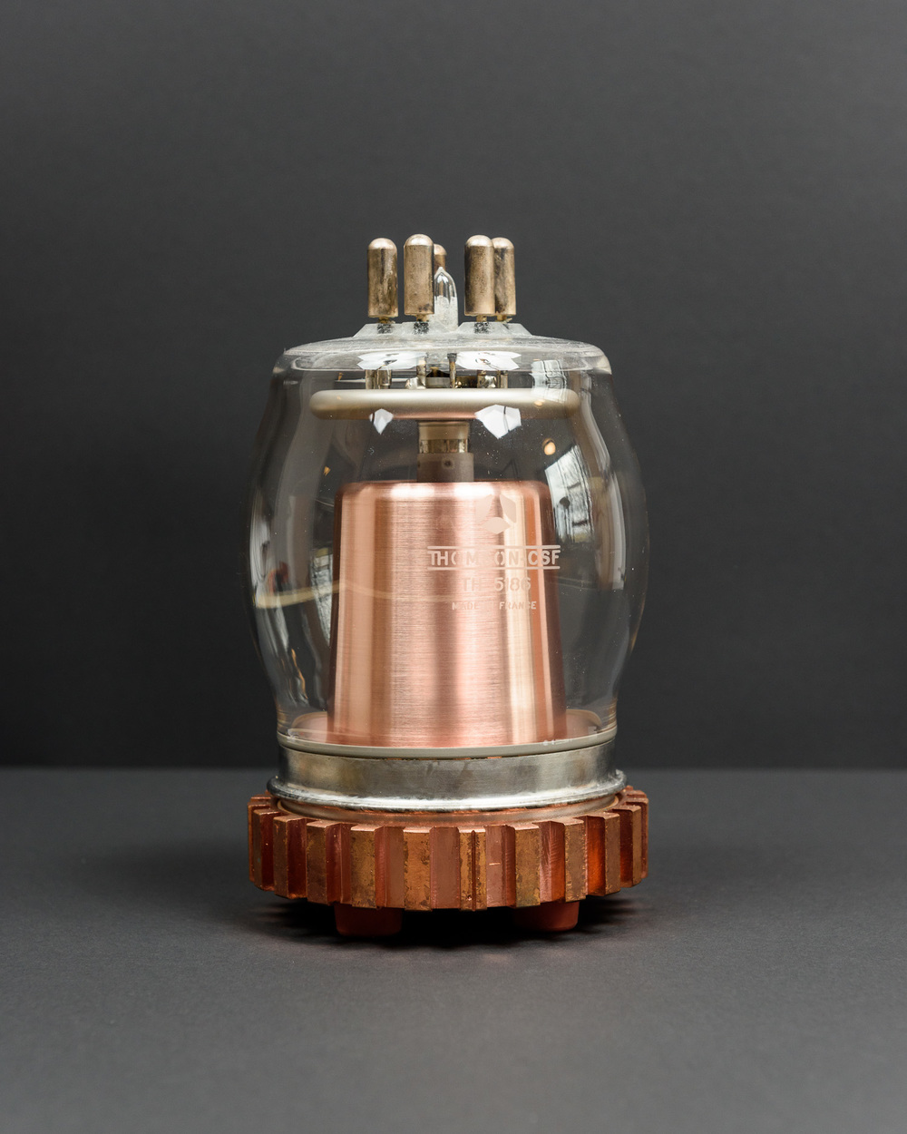Vacuum tube: Thomson-CSF TH 5186, Tetrode