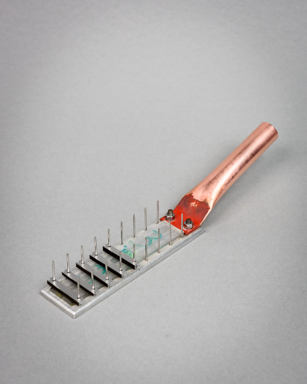 Tool for sorting razor blades at Harry's razor factory, Germany