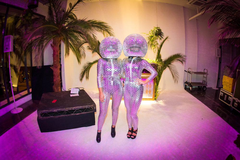Disco Head Dancers