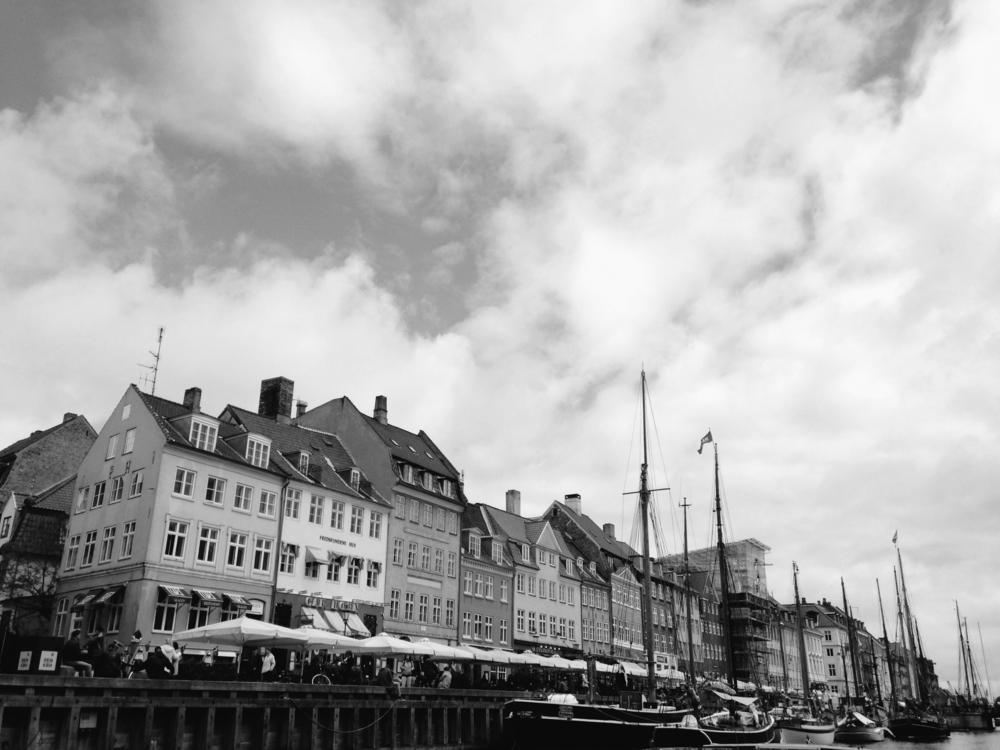 B&W Nyhavn for new FIBC Site.jpg