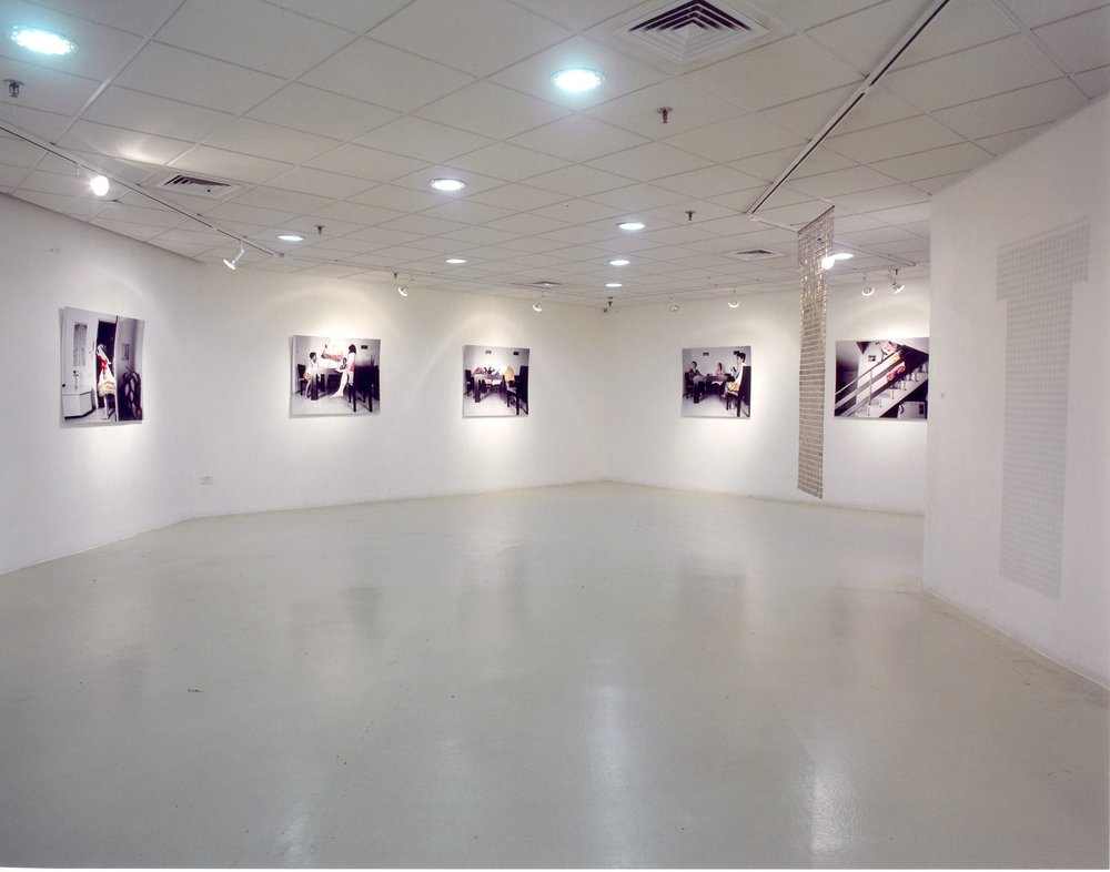 כחל וסרק סרק סרק-מבט על התערוכה.jpg