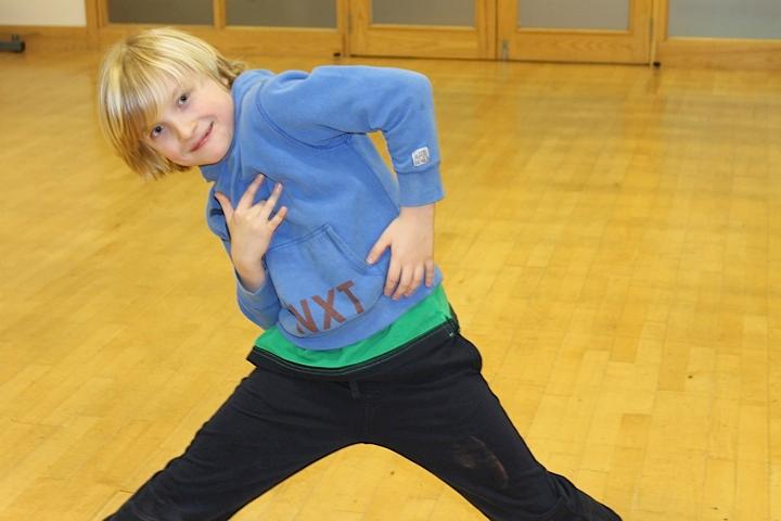 Dance class_4.png