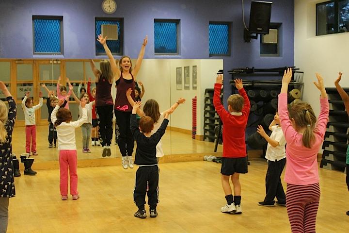 Dance class_5.png