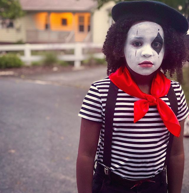 The face you make when you're told you talk too much to be a mime 😩