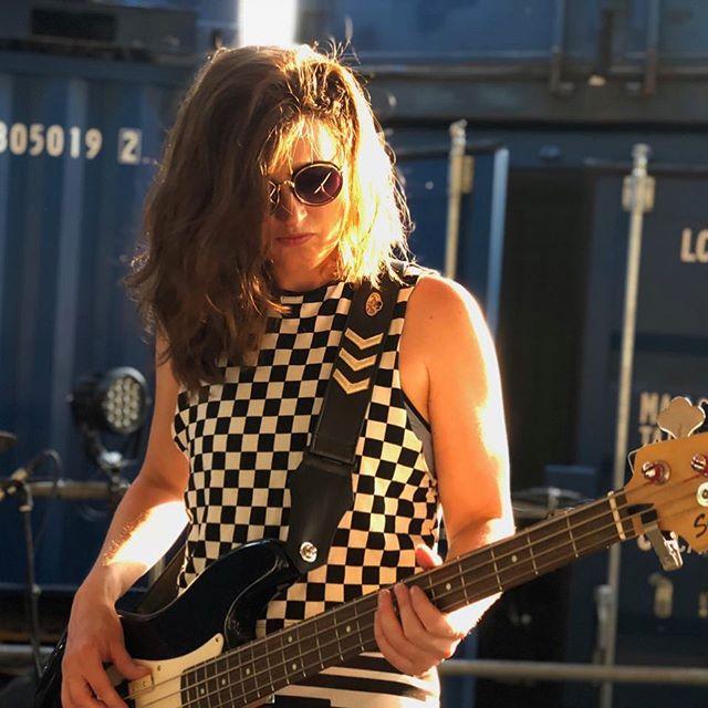 #marthajanesettler #bassplayersunited #singer #totaalfestival #totaalfestivalbladel #amsterdam #alternativegirl #alternativemusic