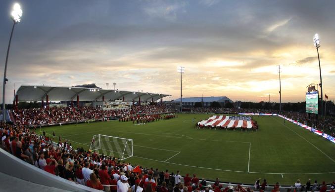 Louisville Uni Soccer.jpeg