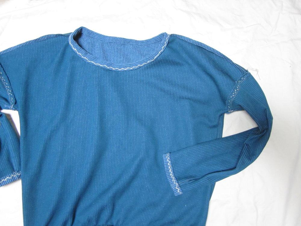 sweatshirt inside, finishing stitch detail