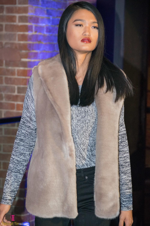 FashionablyLate-REISS-Tailcoat Times-12.jpg