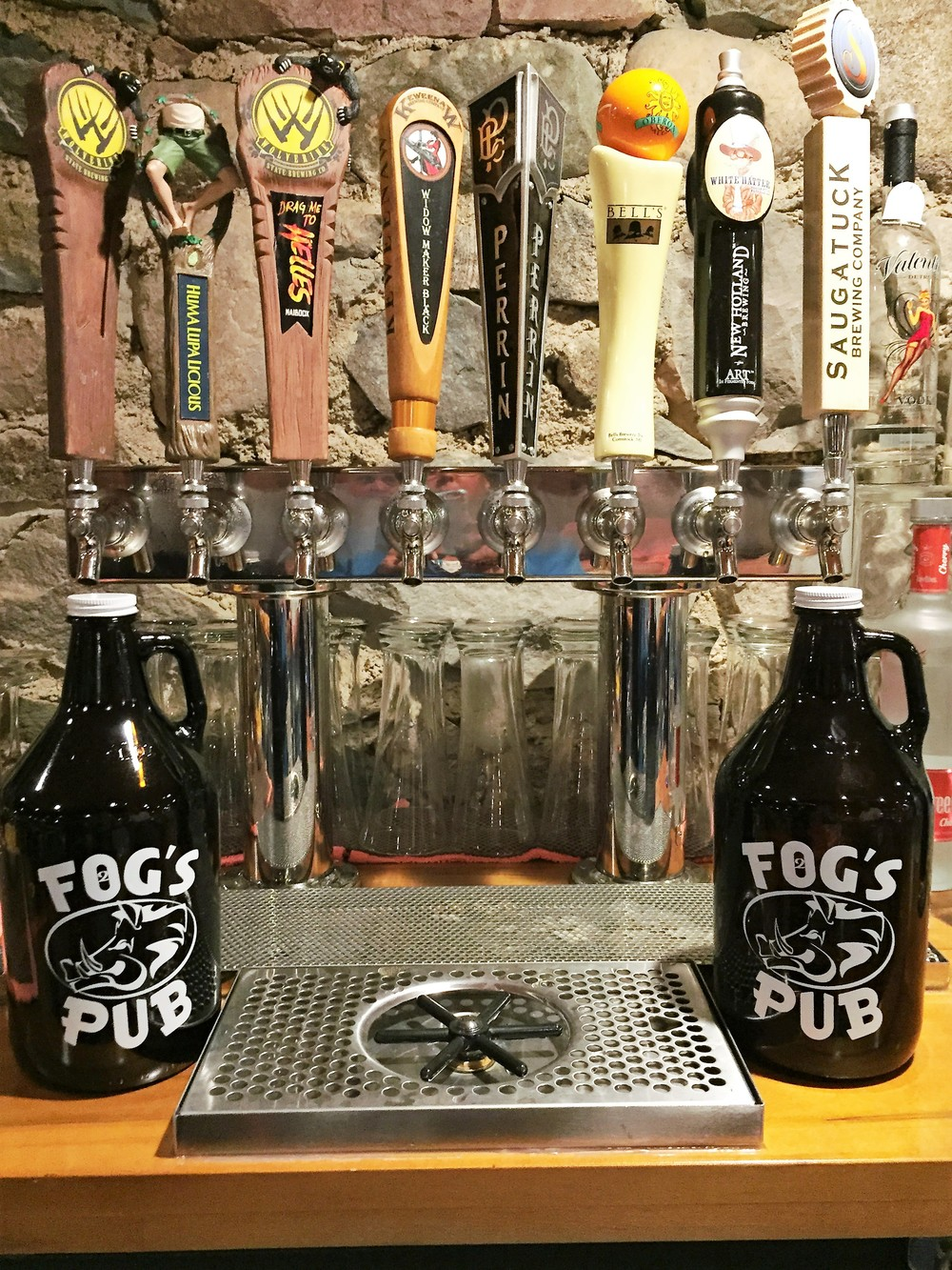 2FOG's Pub Growlers & Michigan Tap Beers