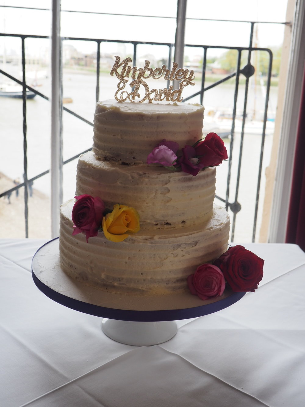 Trafalgar tavern greenwich wedding cake flower