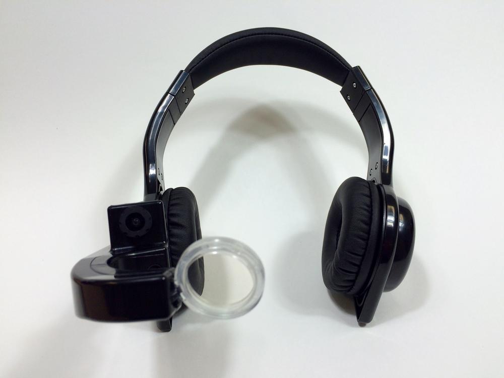 Mobile Tracker Headset
