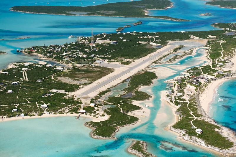 Staniel_Cay_Exuma_Island-WikiCommons.jpg