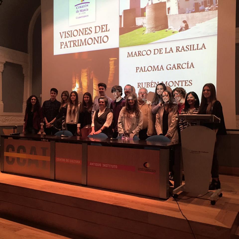 """Estudiantes del colegio Corazón de María en la mesa redonda """"Visiones del patrimonio"""""""