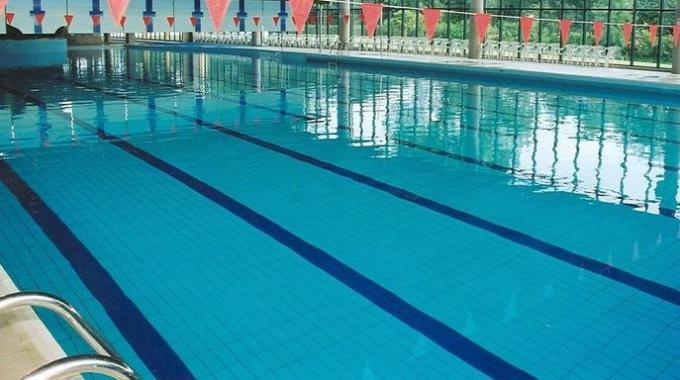 1412820-piscina.jpg