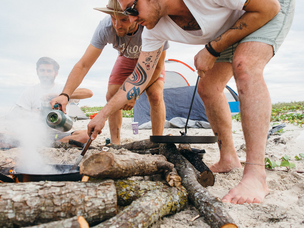 cooking jambalaya camp pawlowski america yall mustang island camping beach texas (9 of 21).jpg