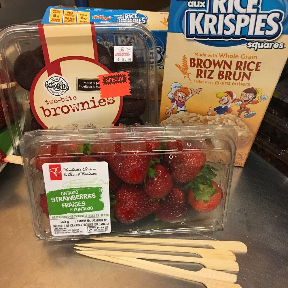 strawberry dessert kabobs 3.JPG